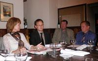 Dr. Ramona Schröder im Gespräch mit der FDP-Tiergarten