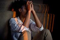 guérir stress et anxiété. soigner le stress avec l'hypnose.soigner l'anxiété avec l'hypnose. enlever la bouleau ventre. être détendu. déstresser. éliminer le stress l'anxiété. gérer crise d'angoisse.