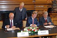 Im Jahr 2007 wurde erstmals der Masterplan Industrie unterzeichnet.