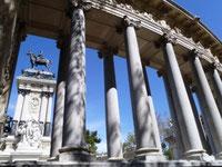 Monumento a Alfonso XIII. Parque del Retiro. Madrid.
