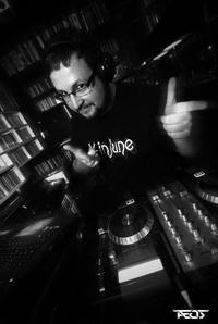 DJ DonLevi am Pult