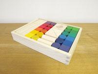 色彩豊かな12カラーと豊富な形のブロック