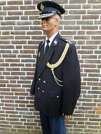 Tenue hoofdcommissaris, met dank aan Foeke Wagenaar, korpschef van 1999 tot 2006