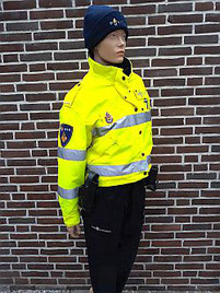 Wintertenue dames met veiligheidsjack