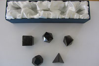 Bild Suchmaschinenoptimierung SEO Platonische Körper Bergkristall Schungit Amethyst