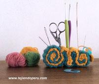 Porta crochet y accesorios de tejido o costura