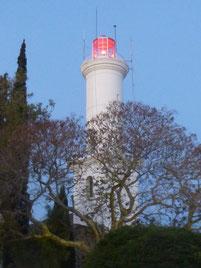 Beim Leuchtturm von Colonia gibts einen Womo-Stellplatz. Vielleicht kommen wir darauf nochmal zurück.