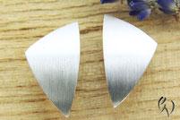 Ohrstecker Silber, großes ungleiches Dreieck