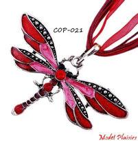 Collier à pendentif libellule rouge et cordon de soie