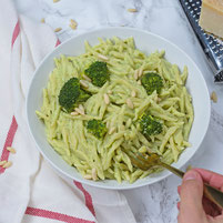 Pasta an Broccolipesto