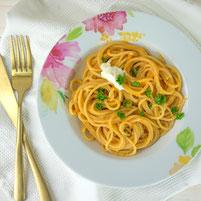 Spaghetti an Karottensauce