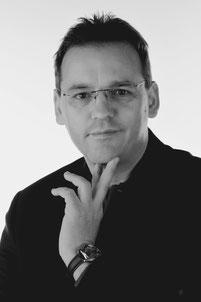 Ulf Hofes, Inhaber