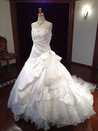 岐阜で剛力彩芽のウェディングドレスをレンタルするなら「ブライダルサカエ」