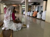 Speisung im Murudeshwar Tempel