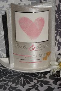 Eheversprechen Hochzeit romantisch Brautkleid
