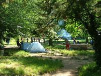 Barbecue et camping au bivouac de Gournier au milieu de la réserve des Gorges de l'Ardeche.