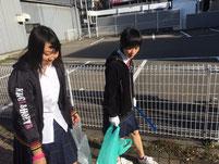 金沢駅の周辺をボランティアで清掃活動していた時のもの。