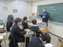 高岩信広さんの講話。