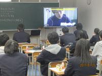 事前指導として、西方さんを主人公にしたTV「アンビリバボー」のビデオ視聴。