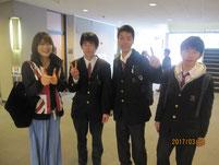 女優 西山諒さんとの写真。