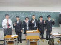 生徒たちと記念写真。