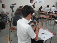 地元テレビ局が、特別授業を撮影。