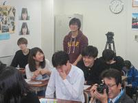 生徒が山元豪選手に質問。