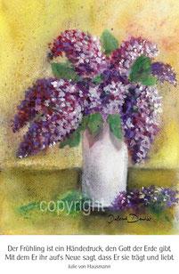 violetter Flieder in weisser Vase mit Gedicht von Julie v. Hausmann