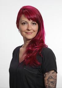 Friseurmeisterin Nathalie Künstler