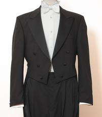 www.mueden.de, Bild von Smoking in schwarz mit Hose und Jacke