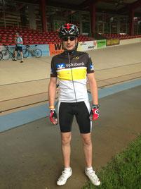Sebastian auf der Rennradbahn in Cottbus