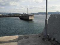 居守漁港 外波止 先端付近