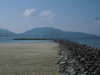 芦屋漁港 石積の波止