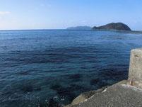 勝浦漁港 外波止 外海側