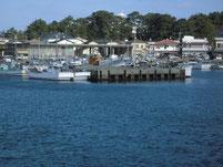 鐘崎漁港 港内側・岸壁