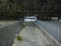 津屋崎漁港 ヨットハーバー横の波止 駐車箇所