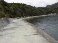 本浦漁港 右側護岸
