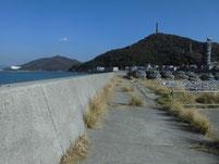 粭島漁港 岸壁外側