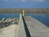 芦屋漁港 左側岸壁先端付近