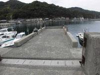 本浦漁港 右側内波止