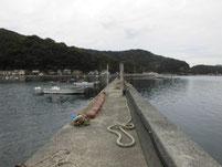 本浦漁港 波止のフェンス