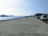 徳山港 駐車場