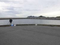 光井港 岩壁の角