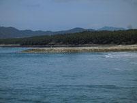 花鶴川河口周辺 砂浜の波止