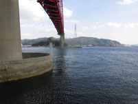 笠戸大橋下 笠戸島側 橋桁周辺