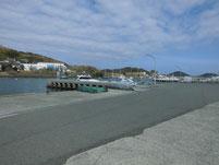 津屋崎漁港 港内岸壁