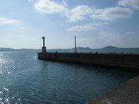 鐘崎漁港 外波止先端・白灯台