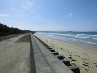 西郷川 河口周辺 花見海岸側砂浜