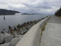 本浦漁港 寺崎の護岸