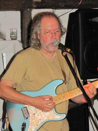 Gerd- Gesang und Gitarre
